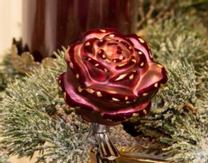 Bilde av Rose i glass m/klype burgunder